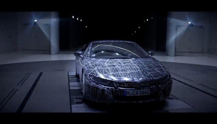 BMW i8 Roadster, l'ibrida dell'Elica verso l'evoluzione - Foto 8 di 12