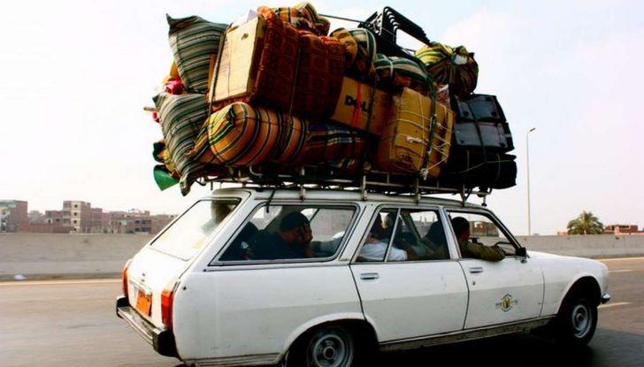 Bagagli sul tetto auto: normativa e contravvenzioni - Foto 2 di 9