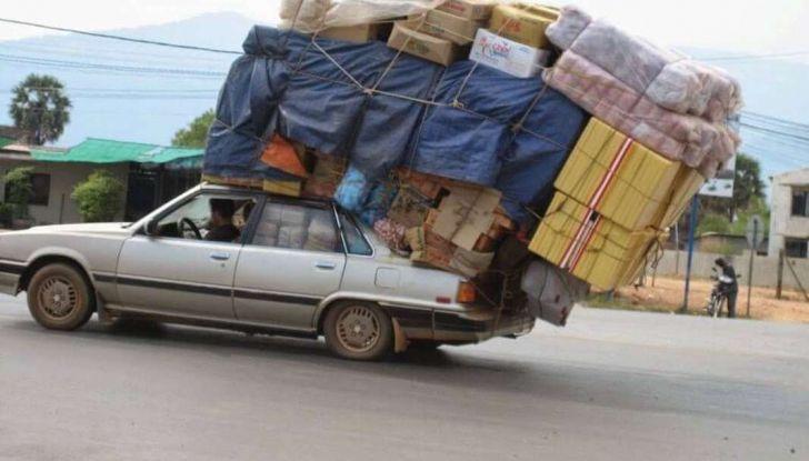 Bagagli sul tetto auto: normativa e contravvenzioni - Foto 6 di 9