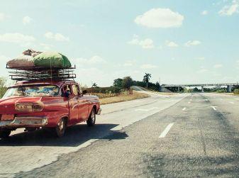 Bagagli sul tetto auto: normativa e contravvenzioni