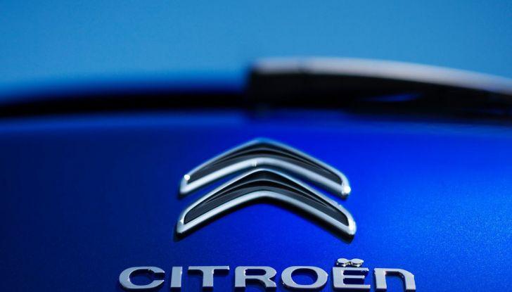 Citroën C4 Picasso supera la barriera di pedaggio autostradale in completa autonomia - Foto 5 di 13