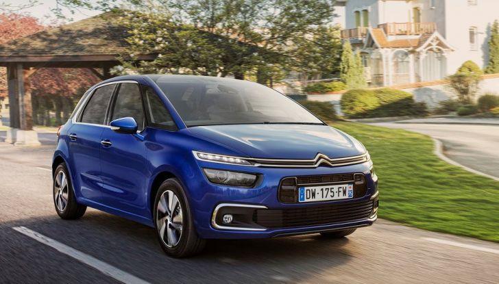 Citroën C4 Picasso supera la barriera di pedaggio autostradale in completa autonomia - Foto 7 di 13