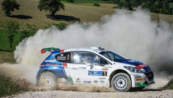 Peugeot all'attacco al Rally di San Marino - Foto 4 di 6