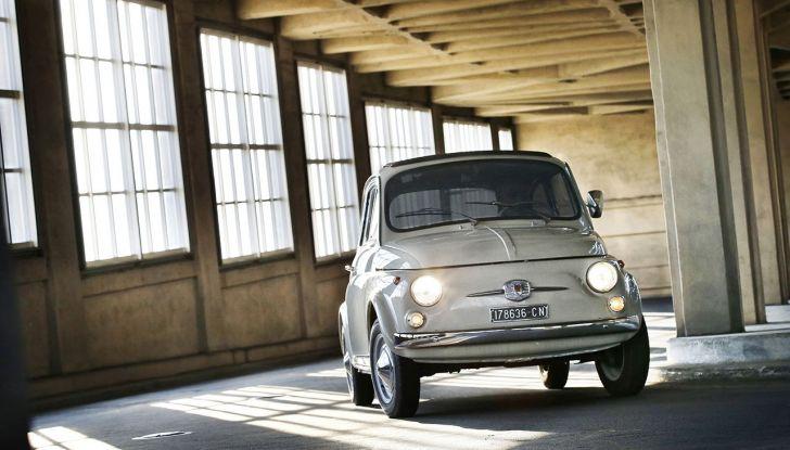 Fiat 500, al MoMA di New York l'iconica citycar - Foto 22 di 27
