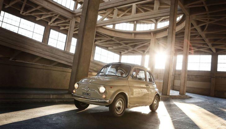 Fiat 500, al MoMA di New York l'iconica citycar - Foto 6 di 27