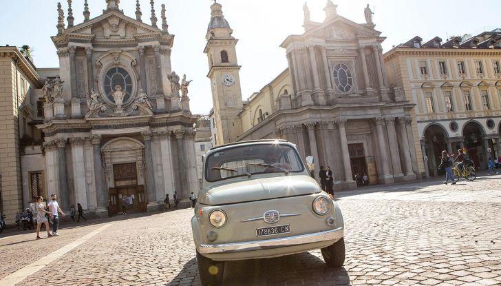 Fiat 500, al MoMA di New York l'iconica citycar - Foto 12 di 27