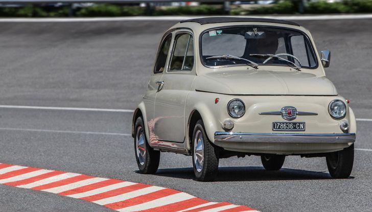 Fiat 500, al MoMA di New York l'iconica citycar - Foto 14 di 27