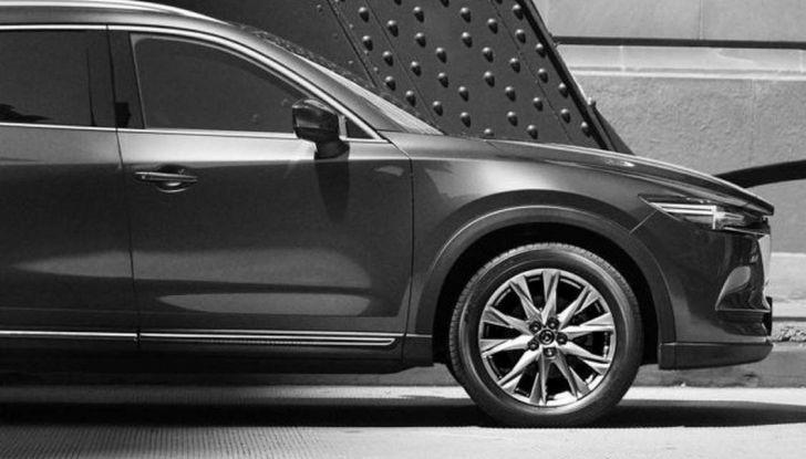 Mazda CX-8, il nuovo SUV a 7 posti - Foto 2 di 5