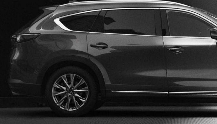 Mazda CX-8, il nuovo SUV a 7 posti - Foto 4 di 5