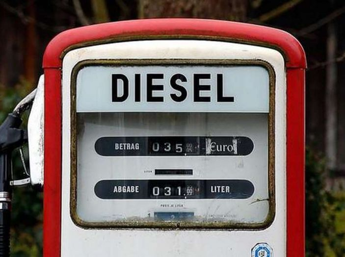 A Madrid stop alle auto benzina e Diesel dal 2018… e Roma? - Foto 1 di 9