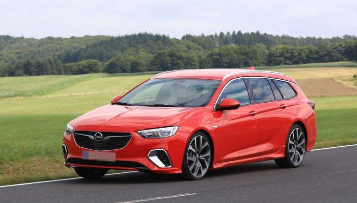 Opel Insignia GSi Sports Tourer, informazioni sulla station wagon sportiva - Foto 28 di 29