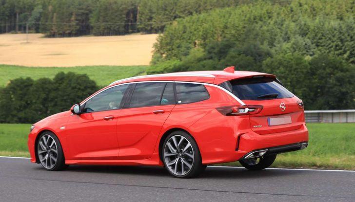Opel Insignia GSi Sports Tourer, informazioni sulla station wagon sportiva - Foto 27 di 29