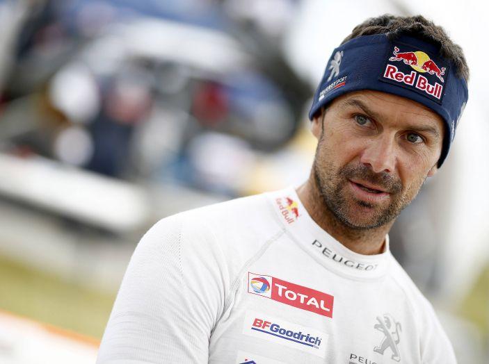Giro di boa al Silk Way Rally – voce agli uomini Peugeot - Foto 1 di 3