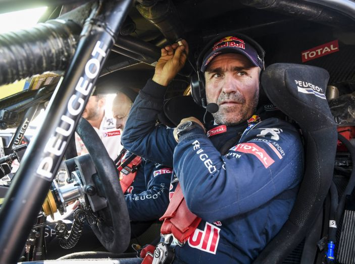 Giro di boa al Silk Way Rally – voce agli uomini Peugeot - Foto 3 di 3