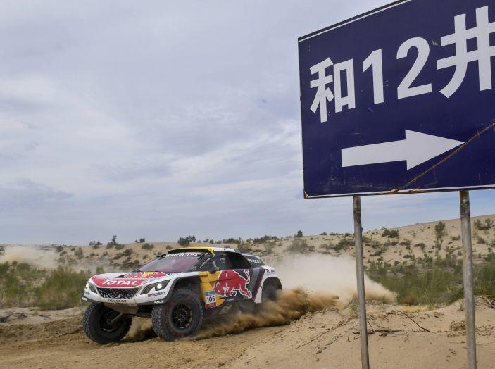 Ancora una doppietta Peugeot al Silk Way Rally - Foto 1 di 3
