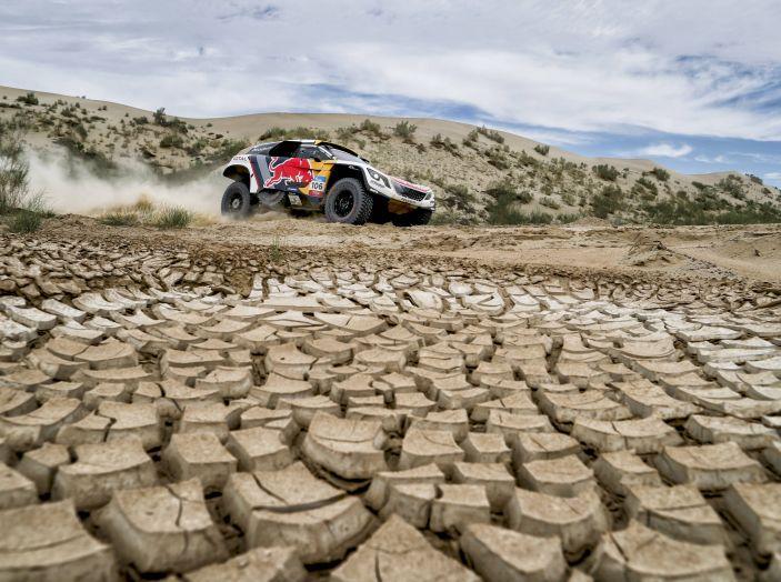 Ancora una doppietta Peugeot al Silk Way Rally - Foto 2 di 3