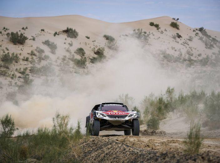 Ancora una doppietta Peugeot al Silk Way Rally - Foto 3 di 3