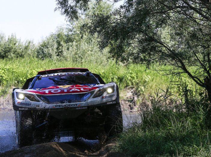 Peugeot salda al comando nella nona tappa del Silk Way Rally - Foto 4 di 4