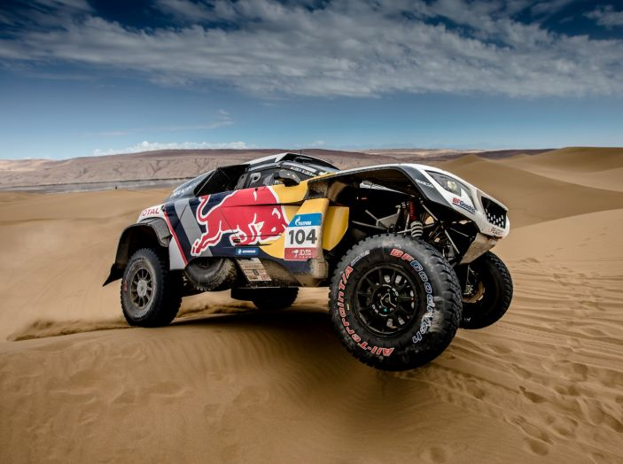 Peugeot salda al comando nella nona tappa del Silk Way Rally - Foto 2 di 4