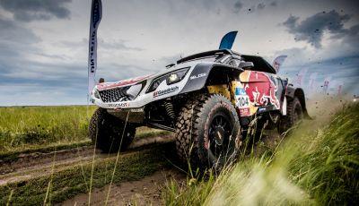 La Peugeot 3008DKR Maxi vince per la terza volta su 4 tappe al Silk Way Rally