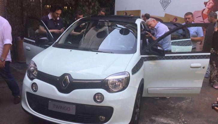 Renault Twingo LA PARISIENNE, serie limitata con prezzi da 14.550 euro - Foto 11 di 15