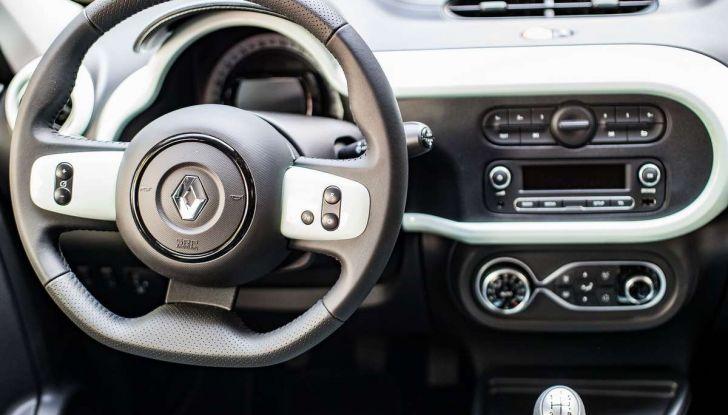 Renault Twingo LA PARISIENNE, serie limitata con prezzi da 14.550 euro - Foto 8 di 15