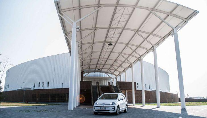 Volkswagen eco up! provata su strada la più ecologica citycar a metano - Foto 20 di 49
