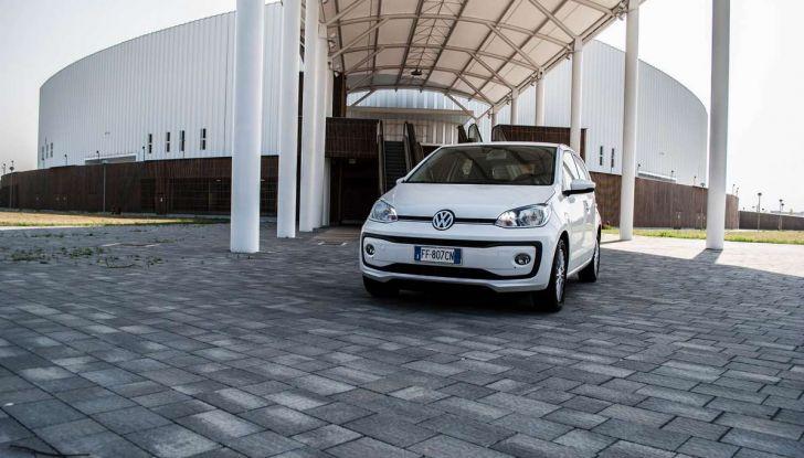 Volkswagen eco up! provata su strada la più ecologica citycar a metano - Foto 4 di 49