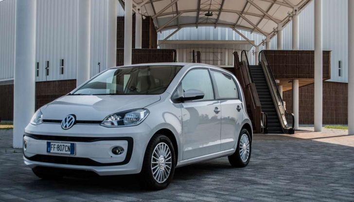 Volkswagen eco up! provata su strada la più ecologica citycar a metano - Foto 1 di 49