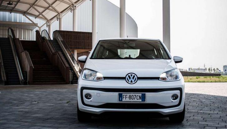 Volkswagen eco up! provata su strada la più ecologica citycar a metano - Foto 8 di 49