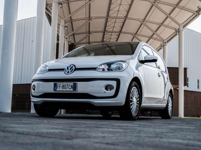 Volkswagen eco up! provata su strada la più ecologica citycar a metano - Foto 12 di 49