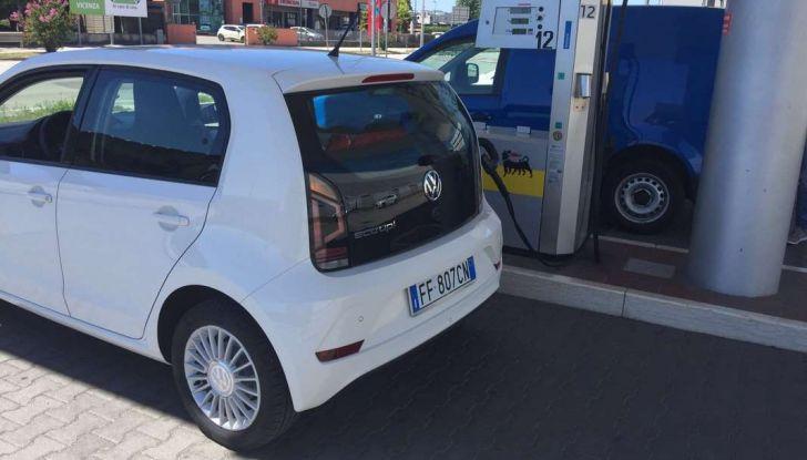 Volkswagen eco up! provata su strada la più ecologica citycar a metano - Foto 37 di 49