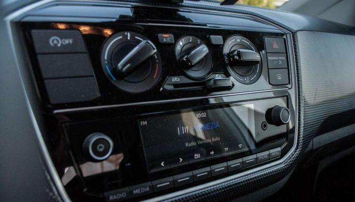 Volkswagen eco up! provata su strada la più ecologica citycar a metano - Foto 9 di 49