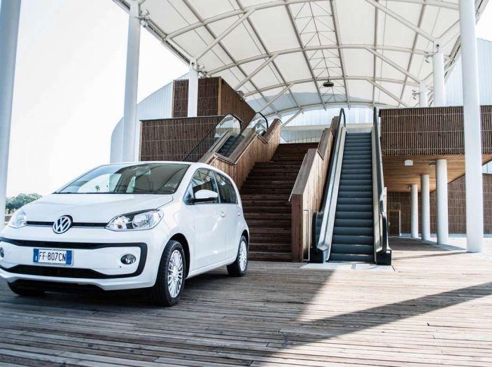 Volkswagen eco up! provata su strada la più ecologica citycar a metano - Foto 24 di 49