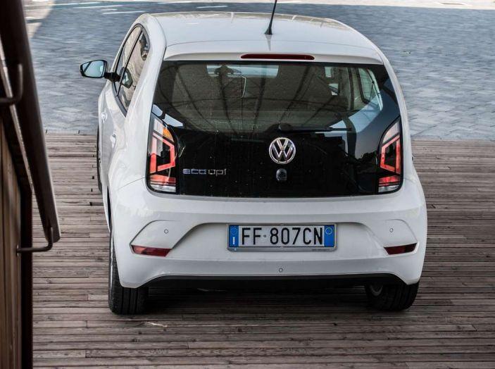 Volkswagen eco up! provata su strada la più ecologica citycar a metano - Foto 26 di 49