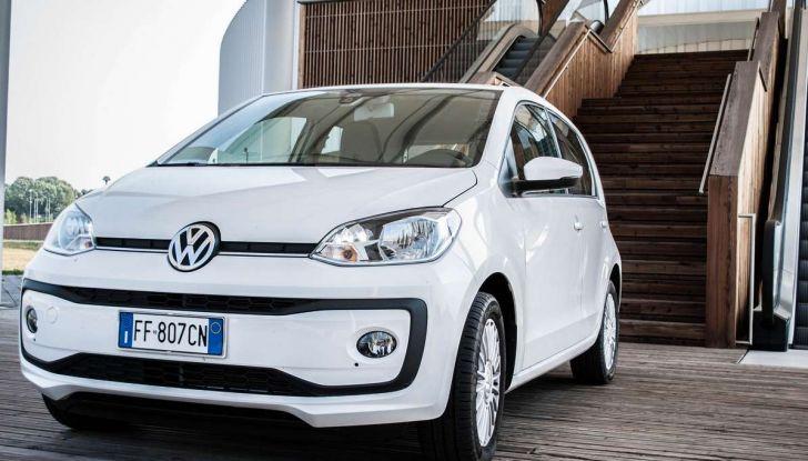 Volkswagen eco up! provata su strada la più ecologica citycar a metano - Foto 17 di 49
