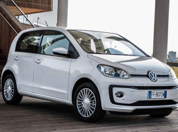 Volkswagen eco up! provata su strada la più ecologica citycar a metano - Foto 31 di 49