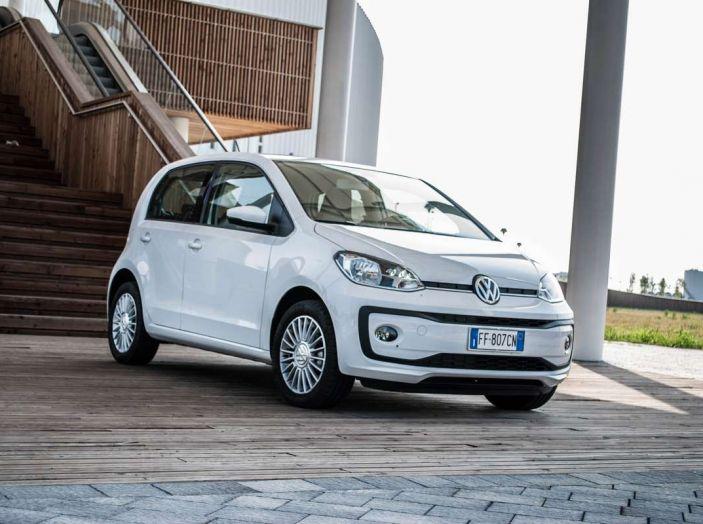 Volkswagen eco up! provata su strada la più ecologica citycar a metano - Foto 32 di 49