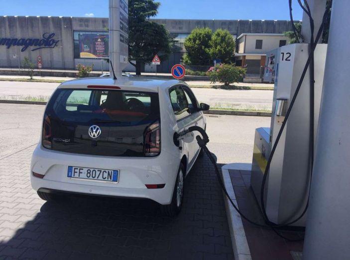 Volkswagen eco up! provata su strada la più ecologica citycar a metano - Foto 48 di 49