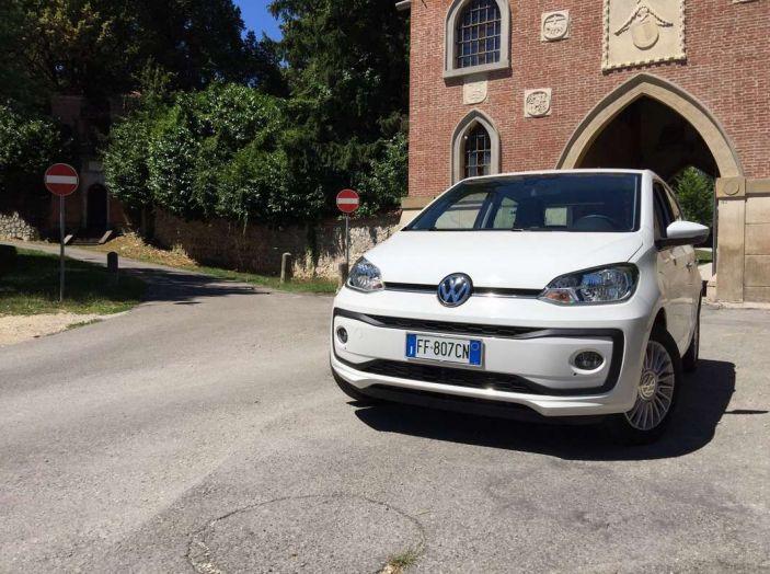 Volkswagen eco up! provata su strada la più ecologica citycar a metano - Foto 40 di 49