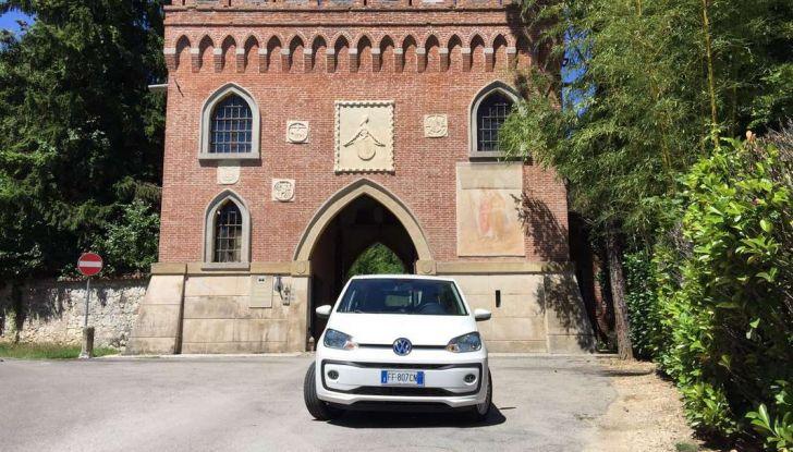 Volkswagen eco up! provata su strada la più ecologica citycar a metano - Foto 44 di 49