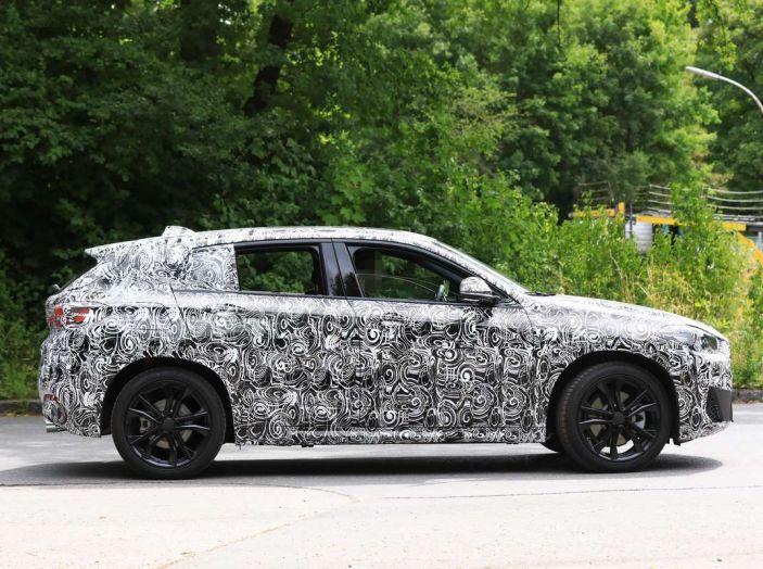 BMW X2 2018, le prime foto spia del SUV coupé - Foto 5 di 14