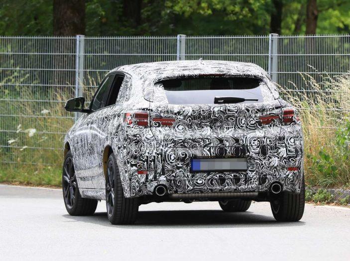 BMW X2 2018, le prime foto spia del SUV coupé - Foto 7 di 14