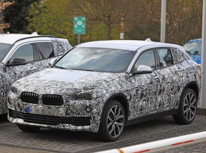 BMW X2 2018, le prime foto spia del SUV coupé - Foto 8 di 14