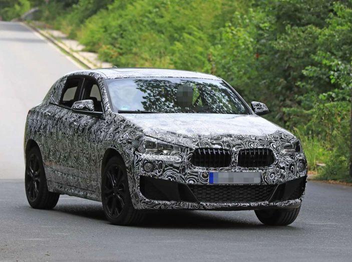 BMW X2 2018, le prime foto spia del SUV coupé - Foto 6 di 14