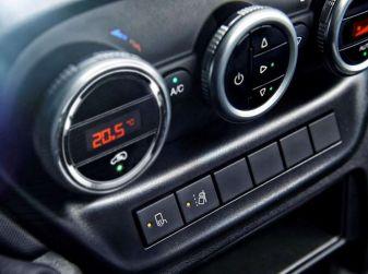 Aria condizionata in auto, i trucchi per usarla al meglio