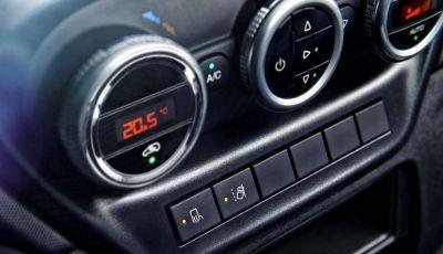 Consumi auto: l'aria condizionata accesa li aumenta?