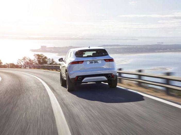 Jaguar E-PACE, il SUV compatto da 36.800 euro - Foto 2 di 5