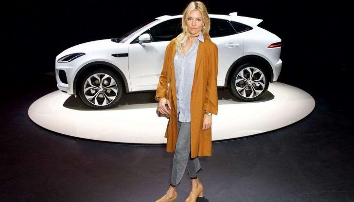Jaguar A-Pace, il nuovo SUV coupè compatto - Foto 5 di 5