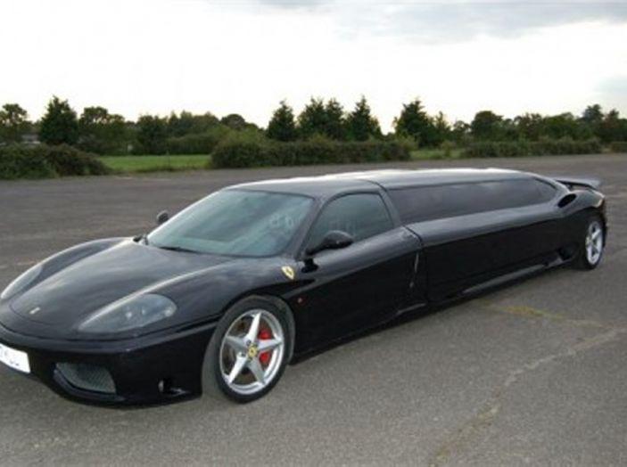 Ferrari-limousine: Potenza e comfort, ma sono guai per il proprietario - Foto 4 di 8